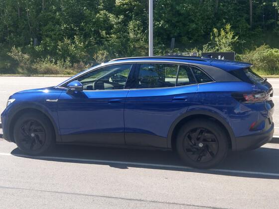 ID.4 Blue Dusk Metallic Pure Performance nach 1km fahrt ;-)